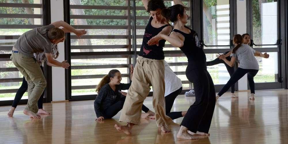 Atelier mouvement expression - danse contemporaine